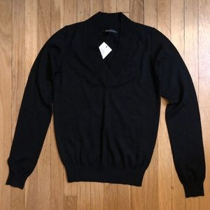 KENNETH COLE - NWT Deep V Merino Wool Sweater